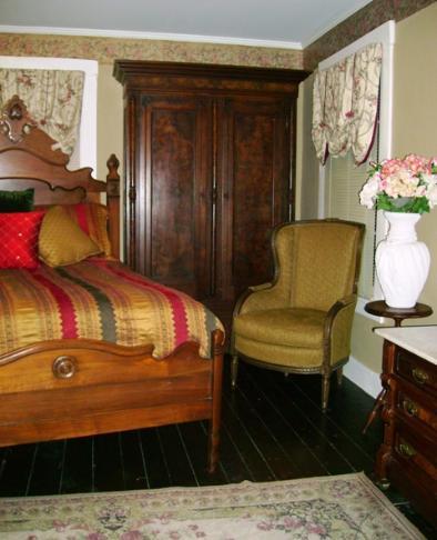 St Louis Furniture Restoration, Refinishing, Repair, Upholstery